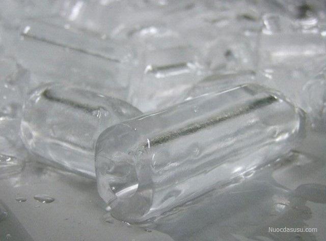 Nước đá tinh khiết ống 8